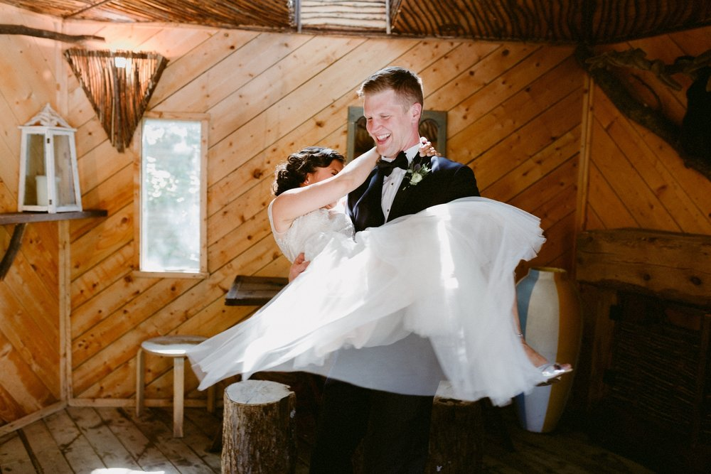 Toronto Wedding Photographer (212).jpg