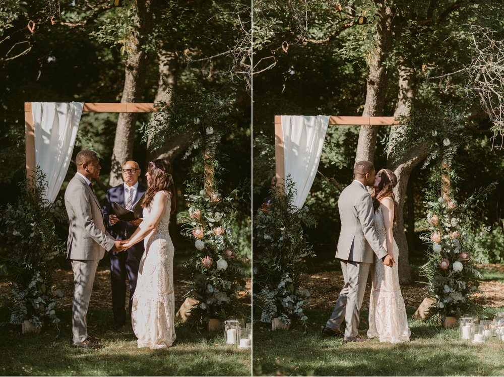 035_Spadina House Wedding (200 of 748)_Spadina House Wedding (202 of 748)_House_Spadina_Wedding_Toronto_intimate.jpg