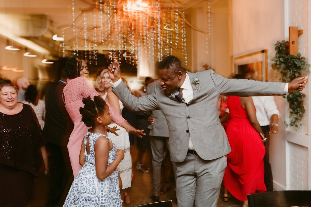 121_Spadina House Wedding (699 of 748)_intimate_Boehmer_Restaurant_Toronto_Wedding.jpg