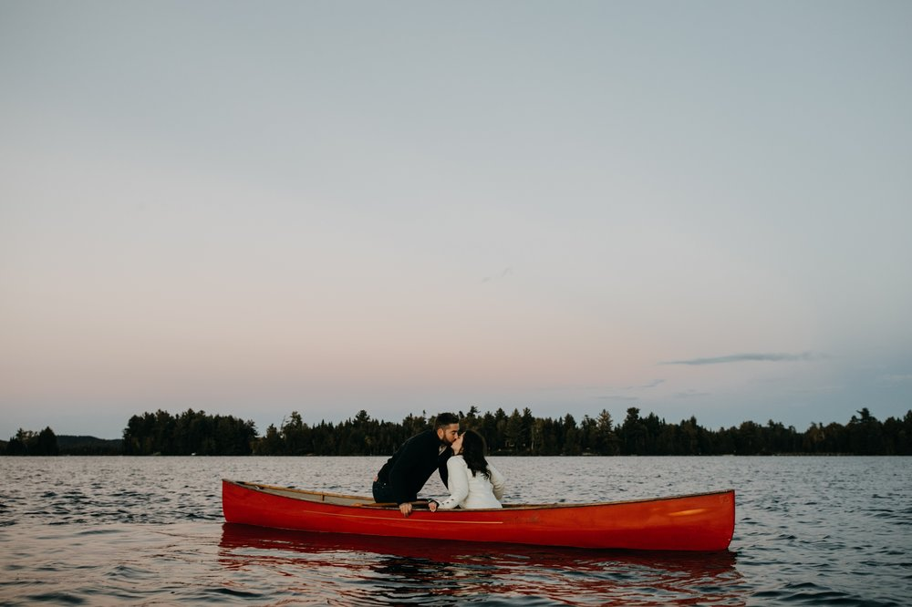 28_Temagami Engagement Session  (97 of 126)_Photographer_Temagami_Ontario_session_engagement_Northern_Wedding.jpg