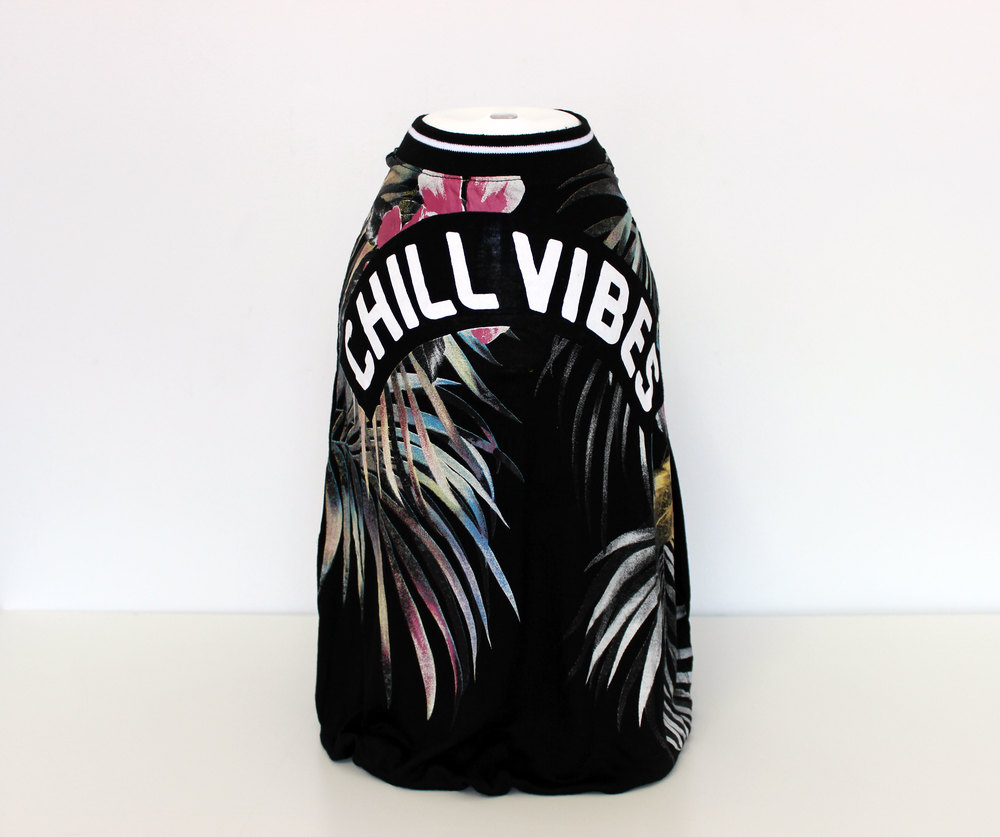 Chill Vibes   2015  humidifier, women's juniors tank top  17 x 10 x 10 inches