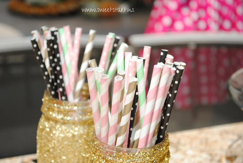 How amazing are these beautiful paper straws?!  ❤