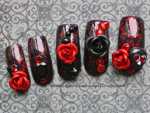 Carpe Noctum 3D Gothic Nail Art - Gothic Nail Art By NeverTooMuchGlitter