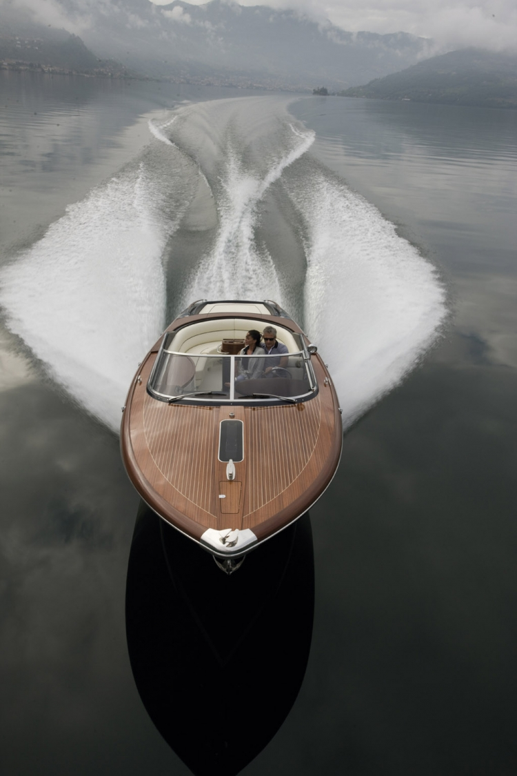 Aquariva-33-yacht.jpg