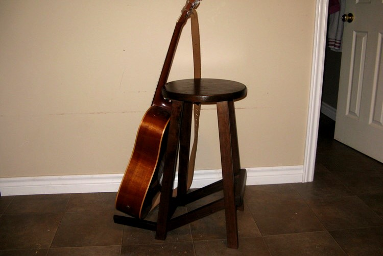 The Salvaged Lumber Guitar Stool/Stand