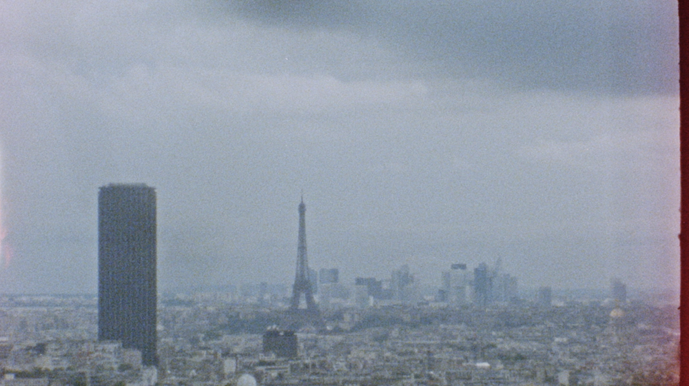 PARIS LOVES US:capture18.png
