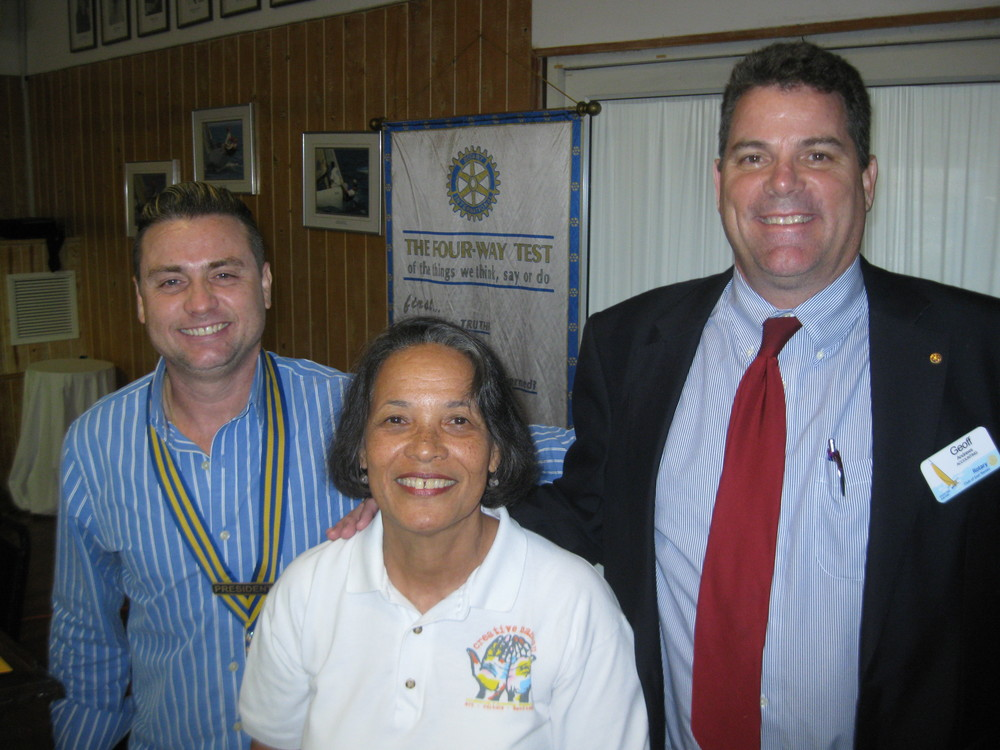 Pam (centre) with Club President, Nathan Stone (left) and Rotary member, Geoff Andrews.