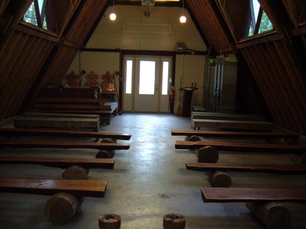 chapel04.jpg