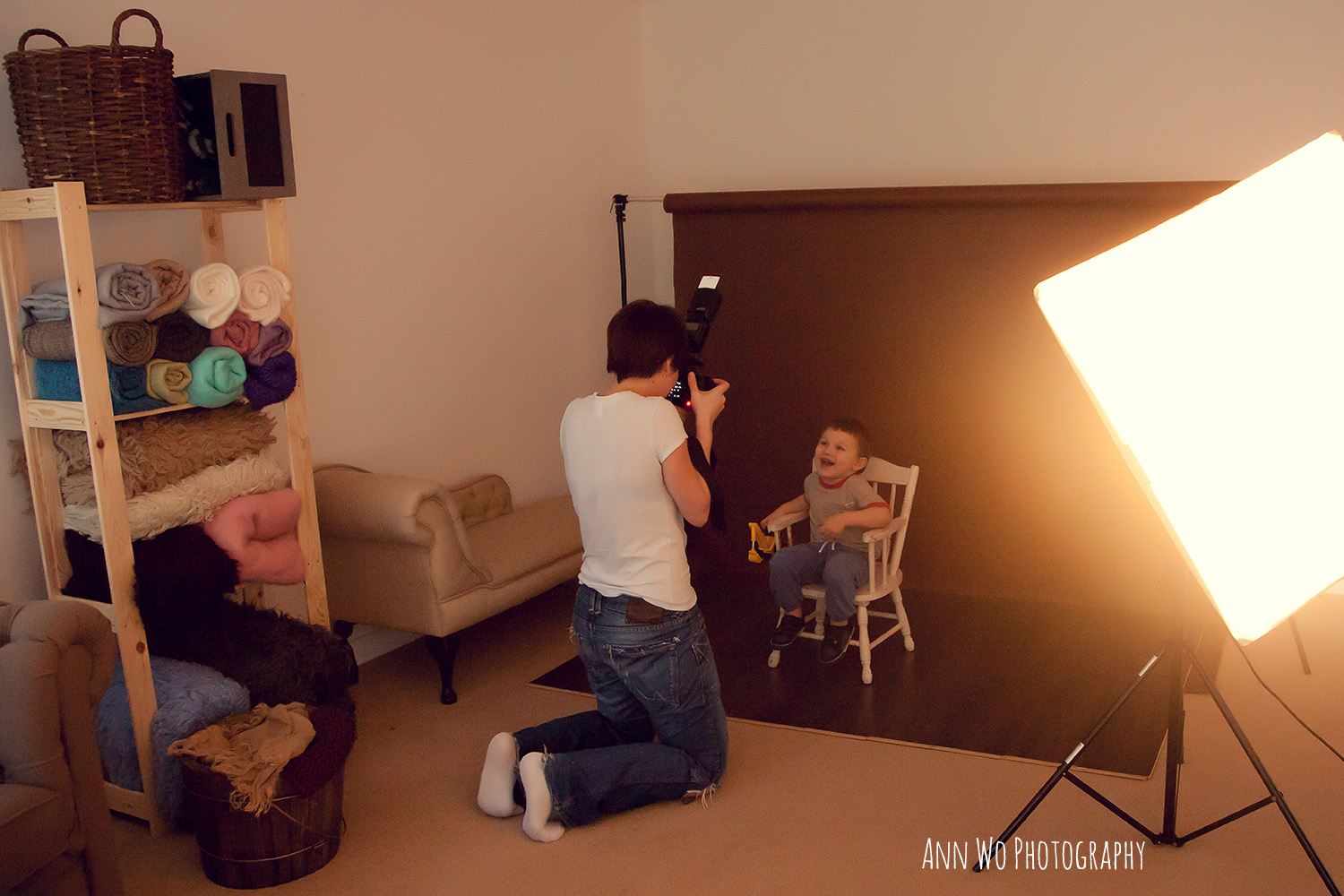 Photography studio lighting set up for mini sessions with toddlers