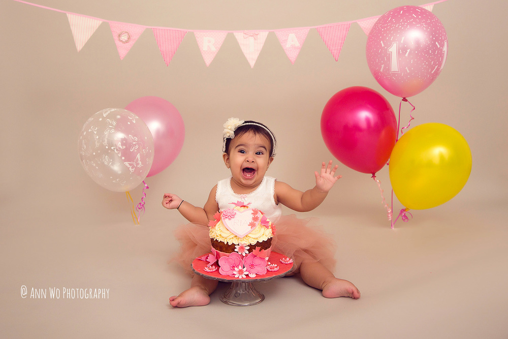 cake-smash-ria-london-baby-photographer02.jpg