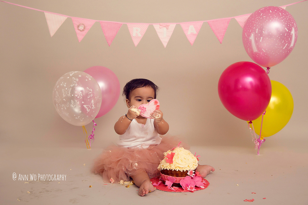 cake-smash-ria-london-baby-photographer20.jpg
