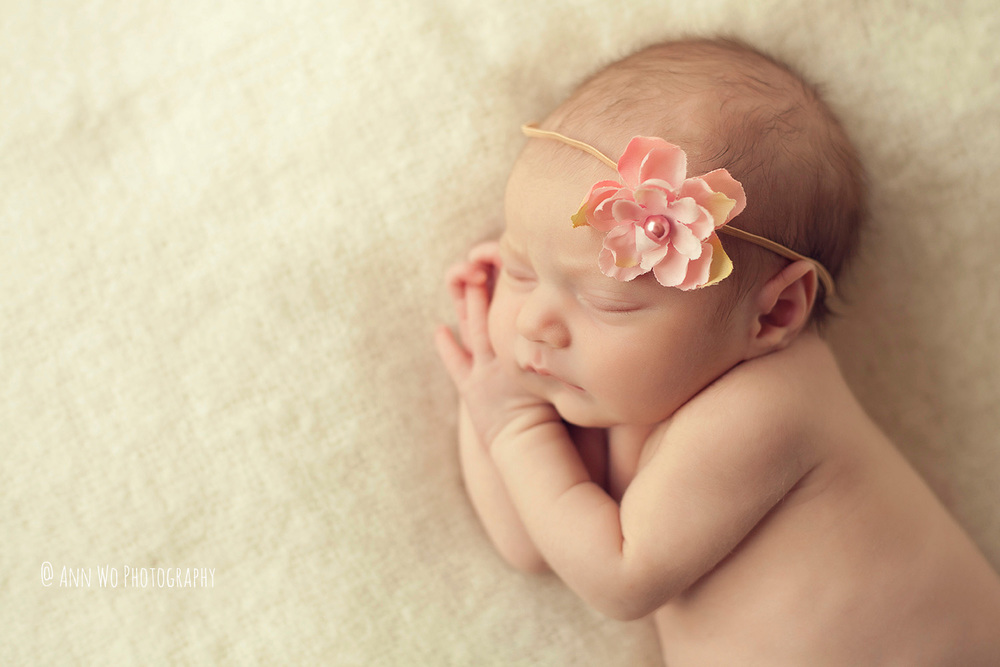 newborn-photographer-west-london-home-session-ann-wo03.jpg