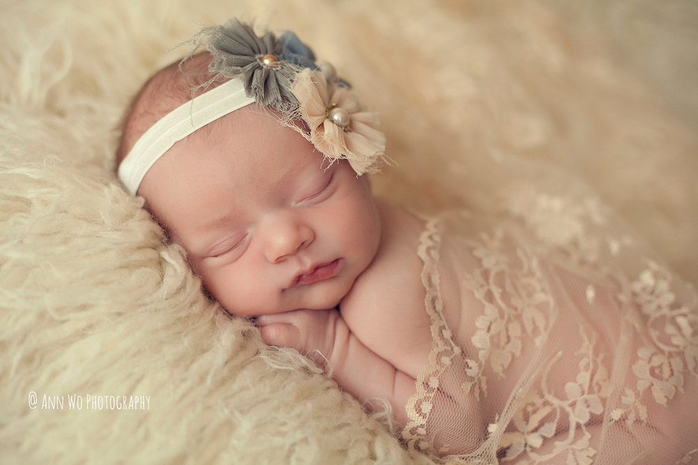 newborn-photographer-west-london-home-session-ann-wo08.jpg