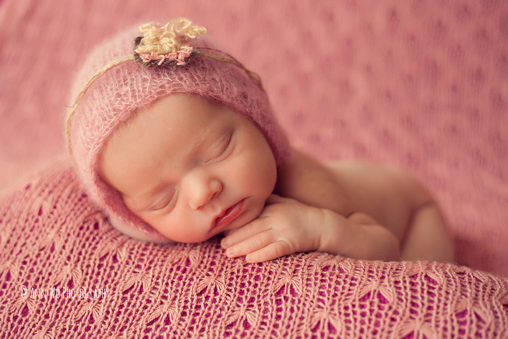 newborn-photographer-west-london-home-session-ann-wo09.jpg