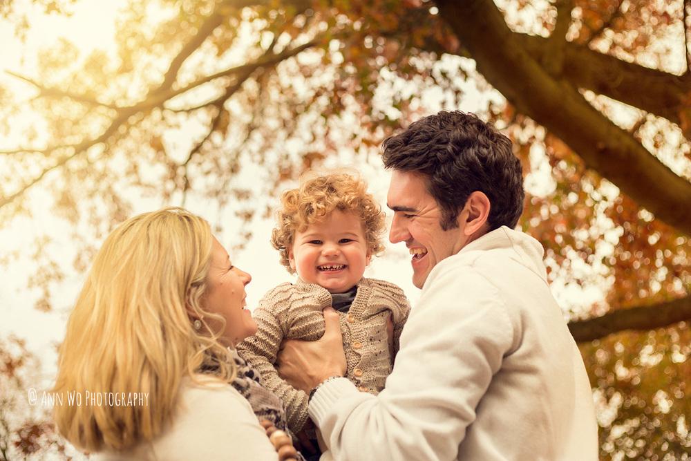 ann-wo-baby-photographer-windsor-berkshire-outdoor-family-photo-session4.jpg