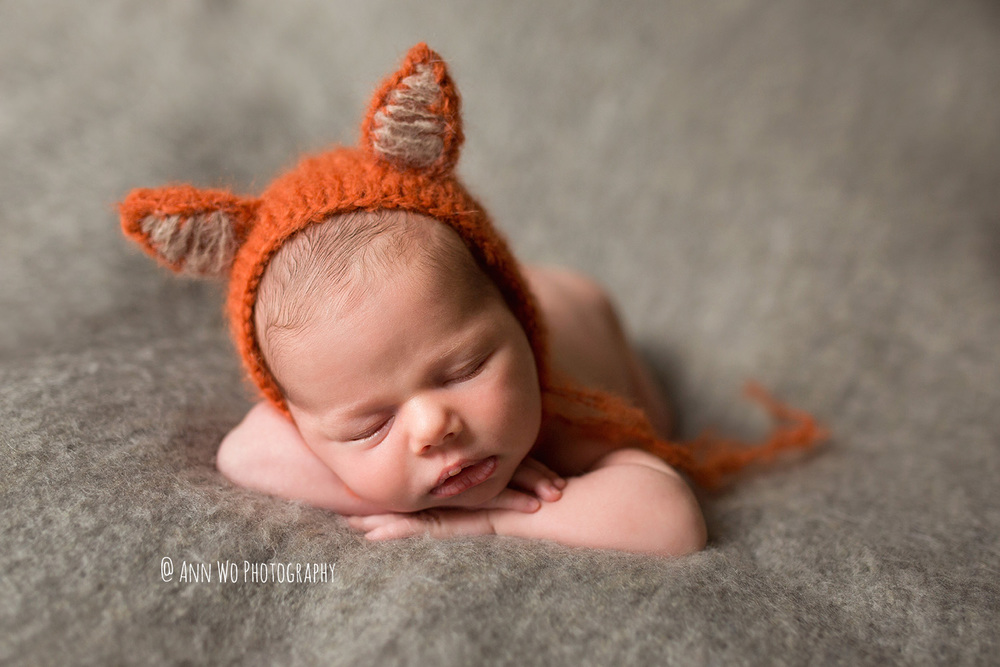 newborn-photos-ann-wo-london-baby-photographer-fox-hat.jpg