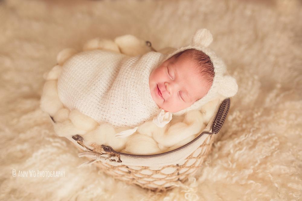 Newborn photography in London by Ann Wo