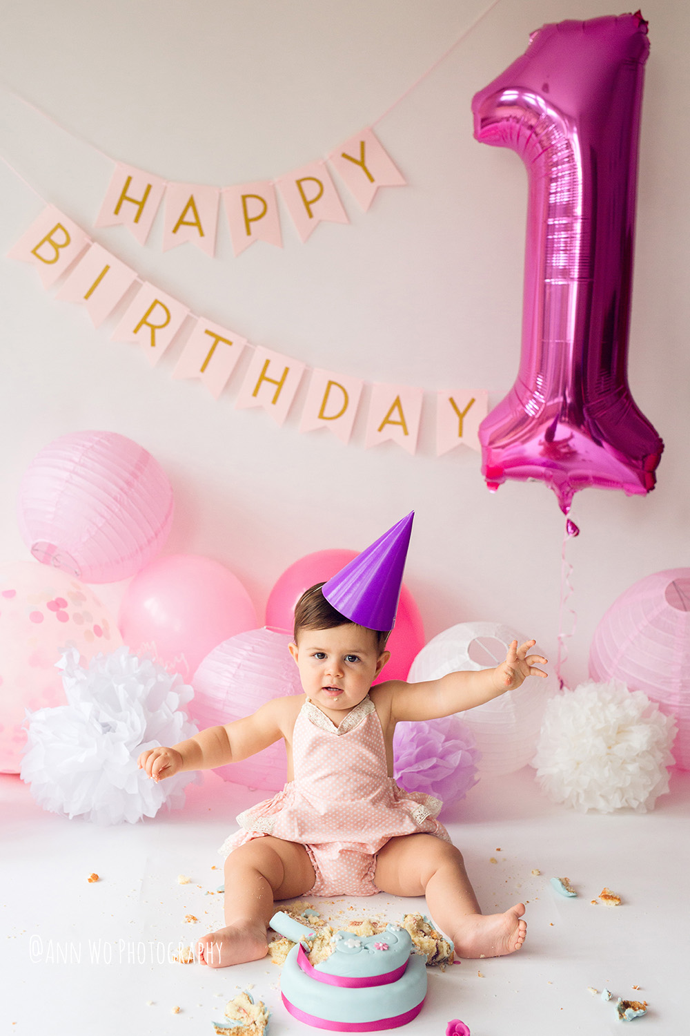 baby-photography-london-ann-wo-cake-smash-22.JPG