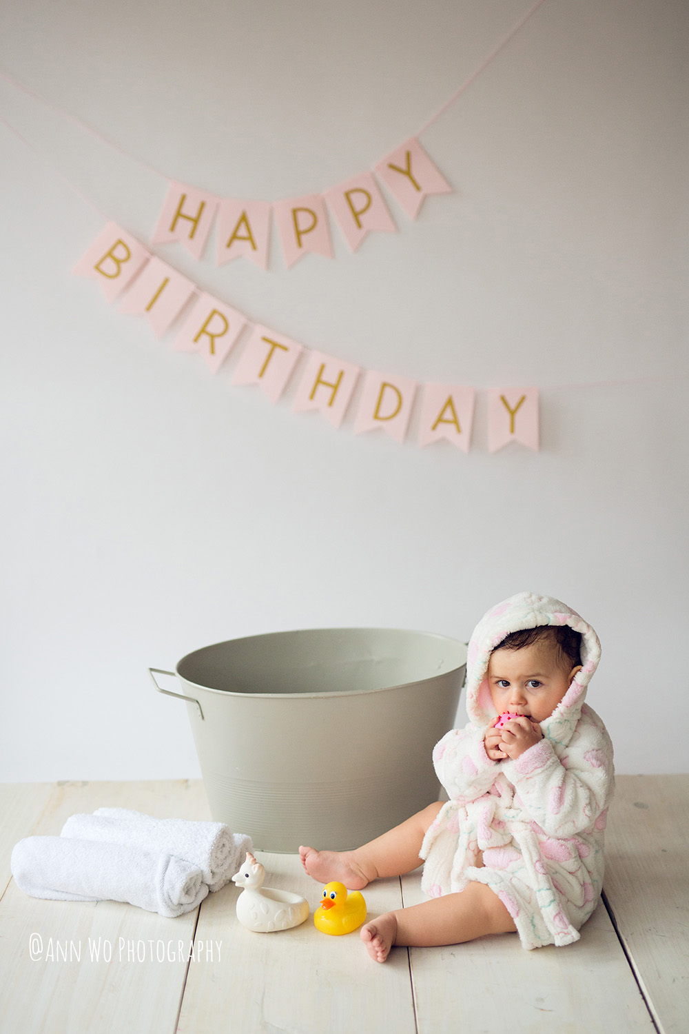 baby-photography-london-ann-wo-cake-smash-29.JPG