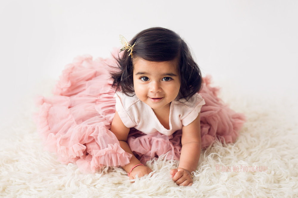 adorable little baby photo session by Ann Wo in London