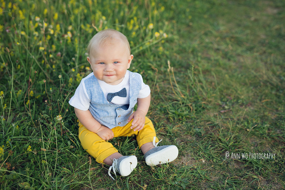 ann-wo-photography-outdoor-meadow-field-baby-session-watermarked.jpg