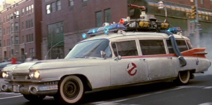 ECTO-1-beginning-of-Ghostbusters-II.jpg