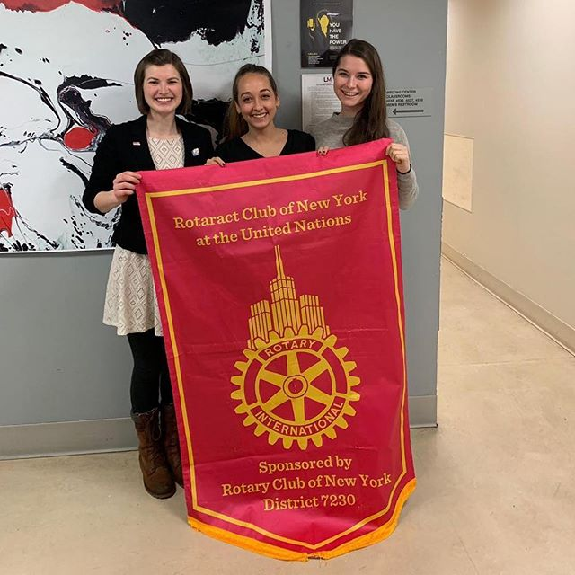 We had so many inspiring international visitors at yesterday's meeting, including the president of @rotaract.wien. Thank you to everyone for showing up & sharing your experience to help us grow and keep building a better club  #betheinspiration 🌊 ・・・ Unsere Präsidentin @barbara_weinberger bereist gerade New York und hat dabei den Rotaract Club of NY at the United Nations ( @rotaractnyc ) besucht! Unsere @marietherese__ hat es mittlerweile dauerhaft nach NYC verschlagen. 🌏 #rotaract #rotaractclubwien #racwien #newyork #newyorkcity #rotaractnyc