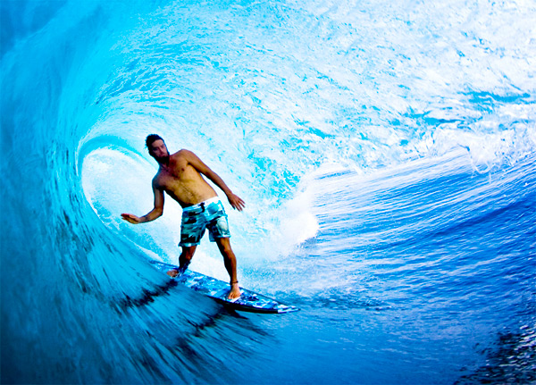 Dave_Rastovich_Surf_Hawaii_lo_res.jpg