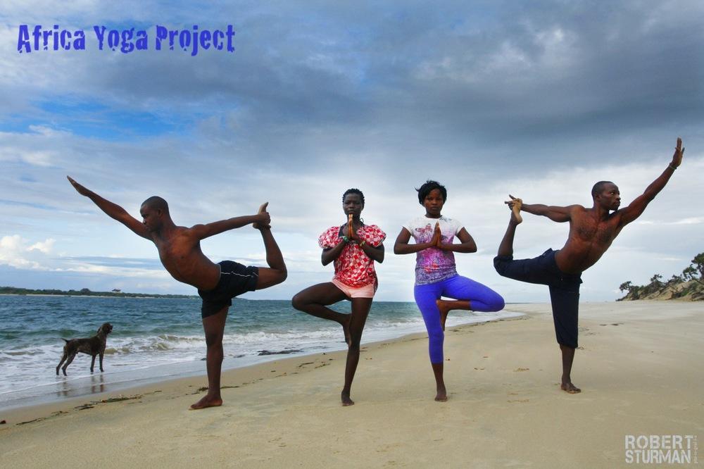 23) Morris Kalama,Bearice Olam Ayona,Wanji Eliam, and Kelly Olamba: Lamu Island, Kenya