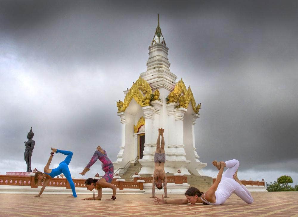 77) Ali Owens, Briohny Kate-Smyth, Dice Iida Klein and Ashika Gogna ~ Sukhothai, Thailand