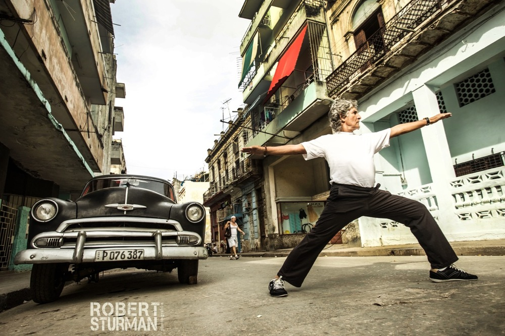 96)  The 'Godfather of the Cuban Yoga Community' — Eduardo Pimentel: Havana, Cuba