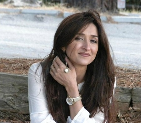 Parisa Vaaleh