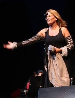 Claudia Villela    Brazilian Jazz Singer