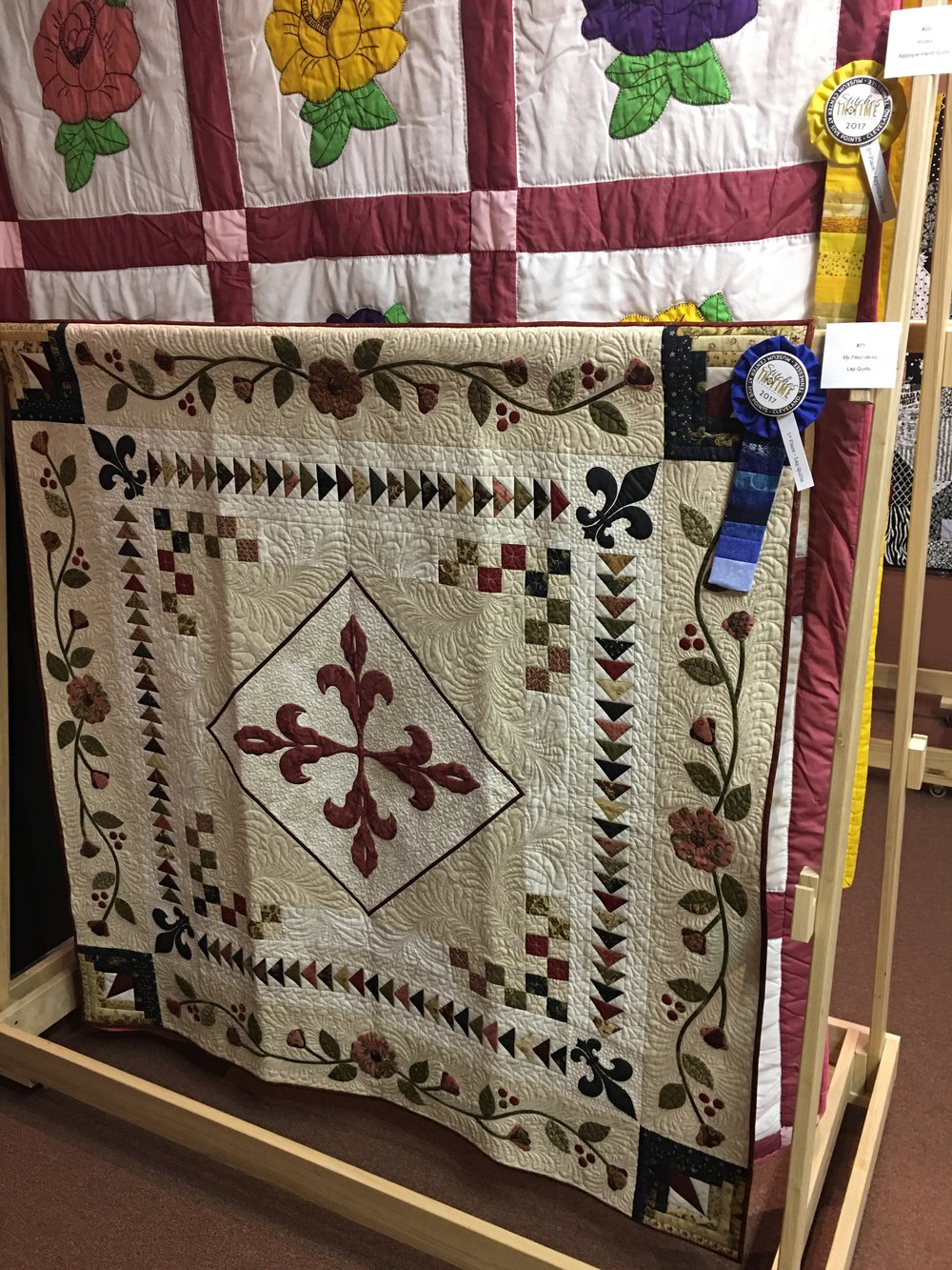 1st Place Lap Quilts: My Fleur-de-Lis entered by Vicky Kmet