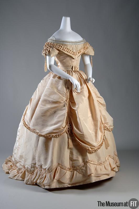 1865-dress.jpg