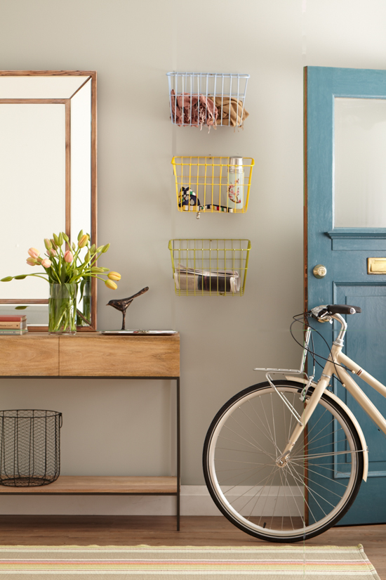 chatelaine_DIY bike basket storage