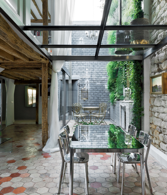 rue-vignon-dining-room-horizontal