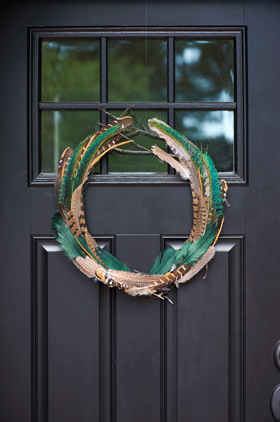 DIY-feather-wreath-for-fall