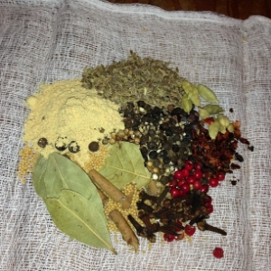 Custom pickling spice mix prepared by one of our workshop attendees to take home. (Photo credit: Lauie Dill of Your Local Hive)
