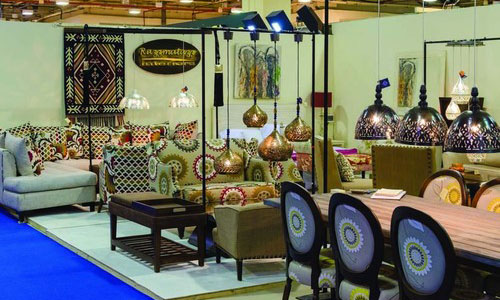 "THE FURNITURE SHOW"" REVIVES NEW VIBRANCY"