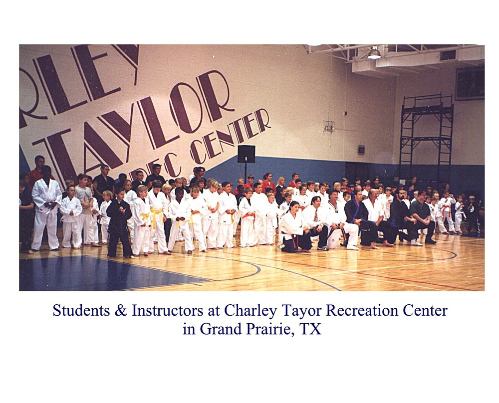 Charley Taylor.jpg