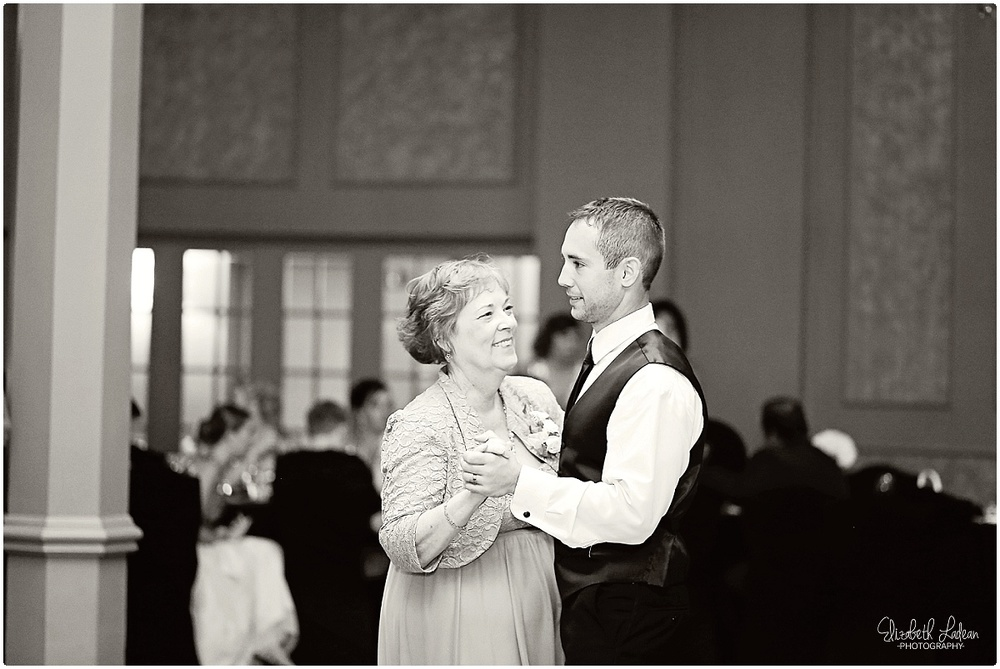 Kansas City Wedding Photographer-Henderson-Aug_2064.jpg