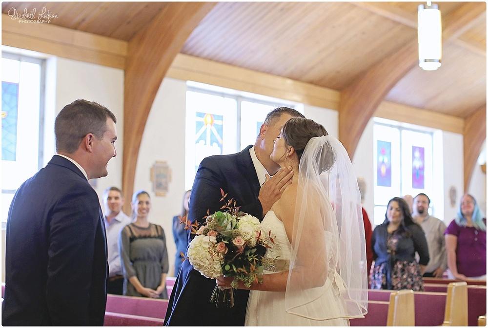 Kansas City Wedding Photography - Elizabeth Ladean Photography_C&T.Oct2015_2541.jpg