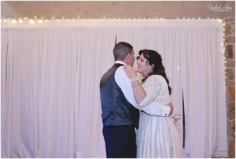 Kansas City Wedding Photography - Elizabeth Ladean Photography_C&T.Oct2015_2570.jpg