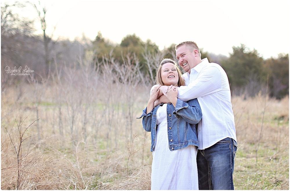 Kansas City Photographer-Elizabeth Ladean-Best-Of-Engagement_2015_3350.jpg