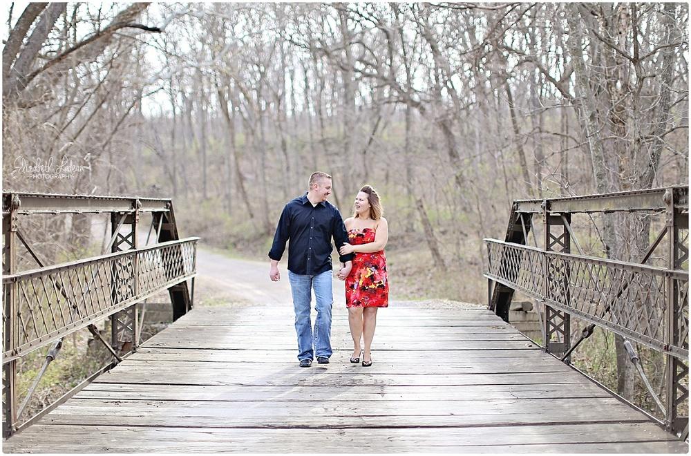 Kansas City Photographer-Elizabeth Ladean-Best-Of-Engagement_2015_3352.jpg