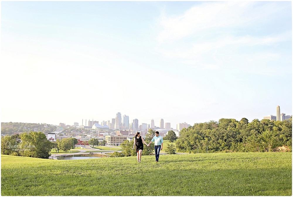 Kansas City Photographer-Elizabeth Ladean-Best-Of-Engagement_2015_3362.jpg