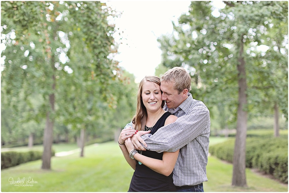 Kansas City Photographer-Elizabeth Ladean-Best-Of-Engagement_2015_3373.jpg