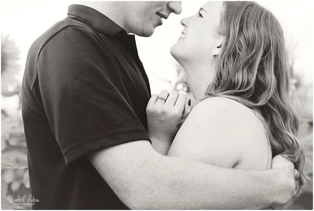 Kansas City Photographer-Elizabeth Ladean-Best-Of-Engagement_2015_3386.jpg