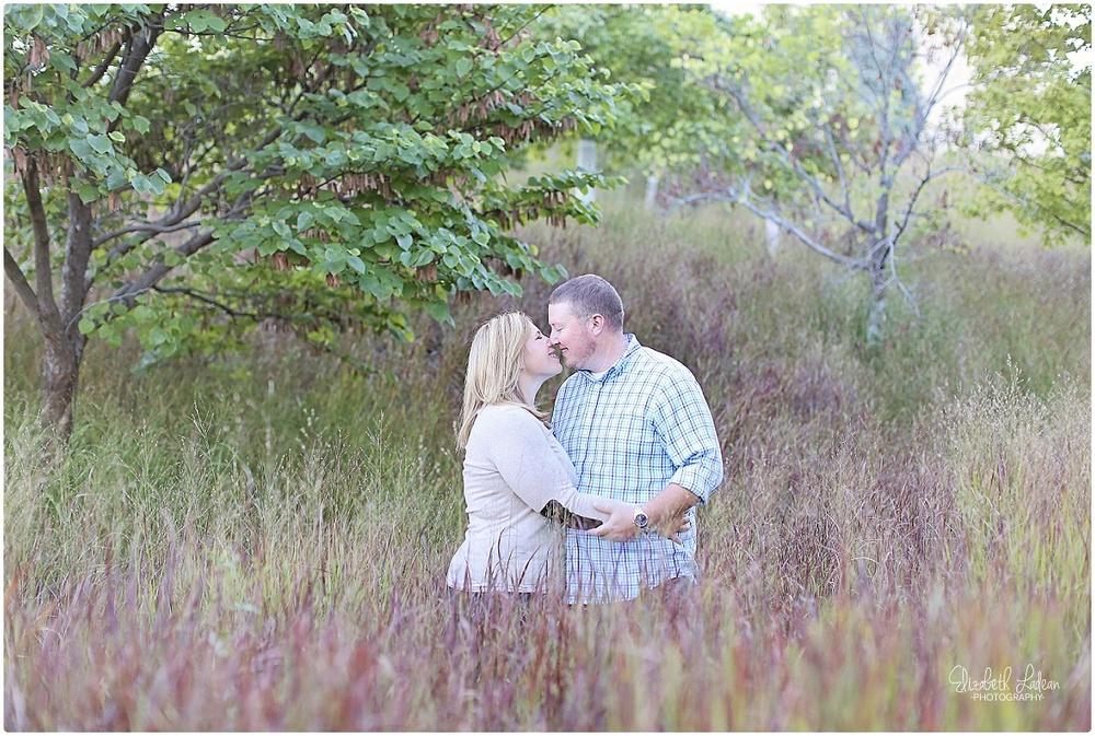 Kansas City Photographer-Elizabeth Ladean-Best-Of-Engagement_2015_3391.jpg